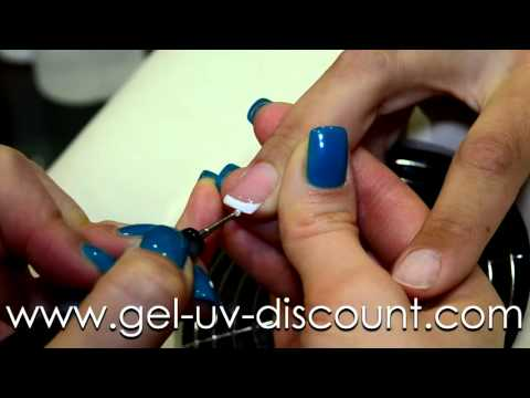 POSE DE FRENCH EN GEL UV AVEC CAPSULE TRANSPARENTE