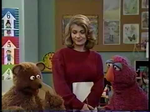 Sesame Street - Baby Bear Changes His Name