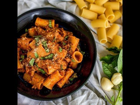 Wovenblends Valentines Day Meal Inspiration: How To Make Minced Beef Rigatoni