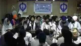 Bhai Manpreet Singh Jee @ Manchester Rainsabaee 2008 - Bhinni Rehnaryeeye Part 1