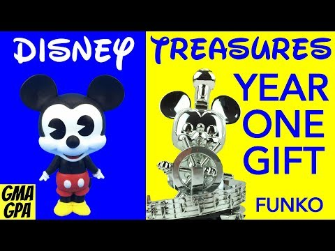 Disney Treasures Year One Pioneer Gift By Funko - Steamboat Willie Statue & Mickey Mouse Metal Tin