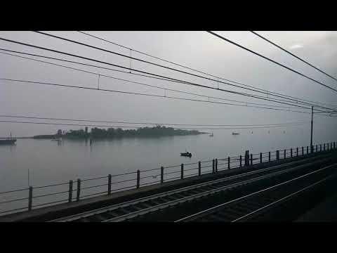 Venice Mestre to Venice St Lucia by train