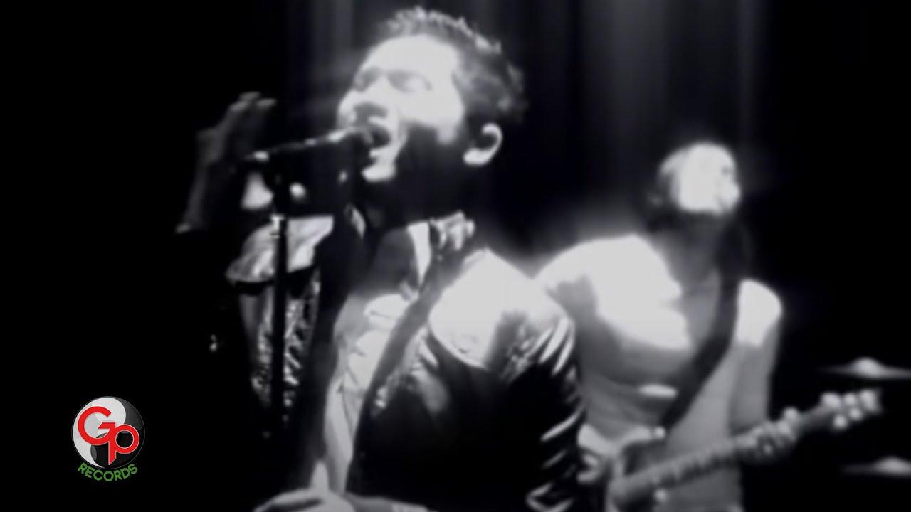 Download Andra And The Backbone - Tunggu Aku (Official Music Video) MP3 Gratis