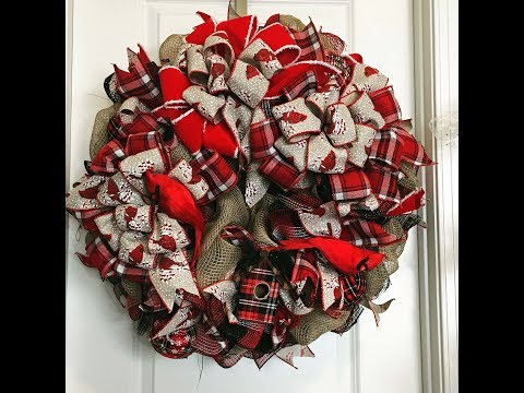 How to make a deco mesh Cardinal Wreath using all 21in mesh and 3 bows