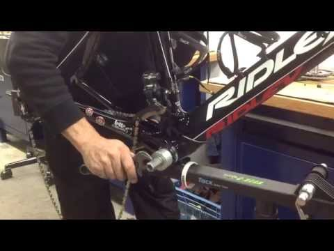 Installation(2of 2) of C-bear Press-fit 30 Campagnolo bottom bracket on Lotto Belisol 2014 team bike