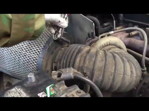 Alternator replace Dodge Ram 2001 turbo diesel 2500 how to change.