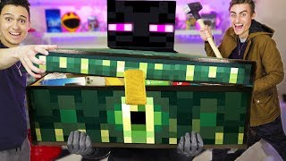 FINALLY Opening The MINECRAFT ENDERCHEST!! (ENDERMAN TRIES TO STOP US!!!😡)