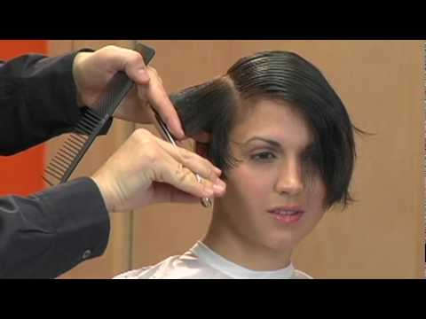 ARROJO education - Classic Graduation Haircut