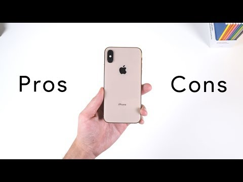 Android User uses iPhone XS for Two Weeks Straight! (In-Depth Review)