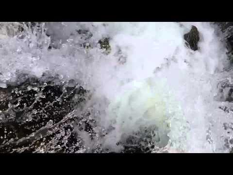 Lava tube draining Lost Lake