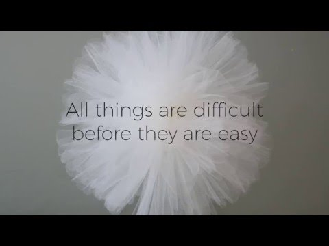 Fluffing your Tulle Fabric Pom Pom