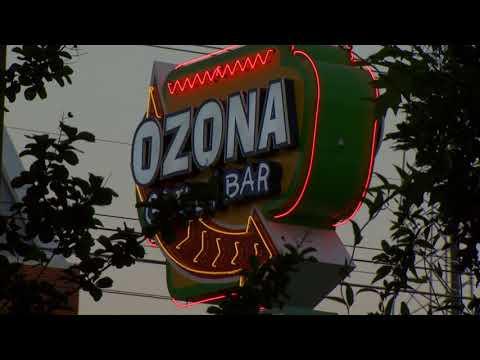 Body Shots Raw Footage   Ozona Grill 078