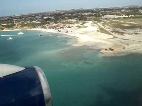 Plane Landing on Aruba