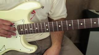 3 Blues Chords Every Guitarist Should Know (Mesmerize your audience)