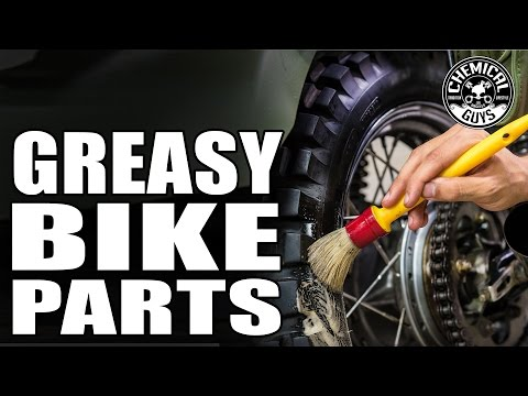 How To Clean Motorcycle Oil Leaks And Messy Grease - Chemical Guys Motorcycle Line