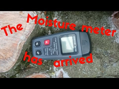 Moisture content of the logs.