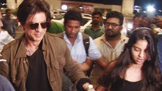 Shahrukh Khan protects daughter Suhana Khan from media franzy!