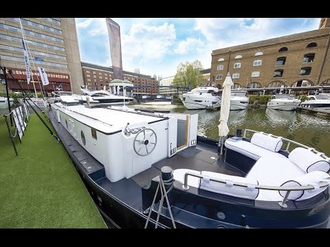 Businessman fed up with London property prices buys two bedroom luxury houseboat in the capital
