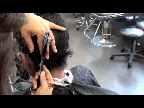 Haircutting: Woman's short hair: for students