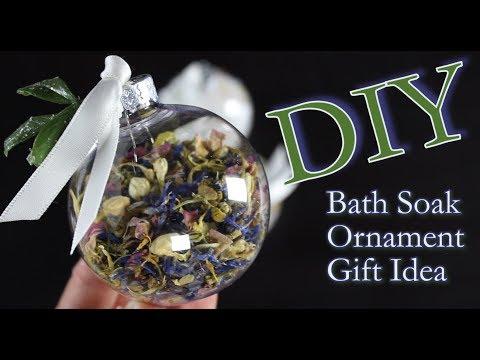 DIY Ornament Idea | How To Make An Ornament Filled With Bath Soak