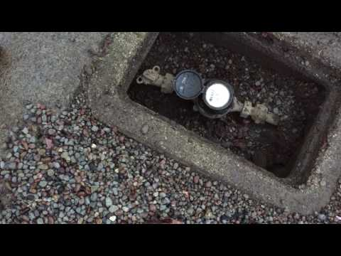 How to turn off the water main to a house