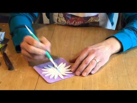 Gum Paste Flowers: How to Make Daisies