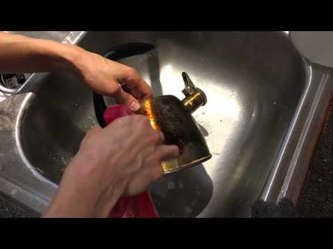 Positive Lifestyle for Healthier Living - Cleaning Stainless Steel with Baking Soda and Vinegar