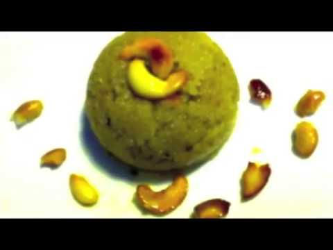 Rava Kesari or Sooji Halwa - A quick sweet or prasadam