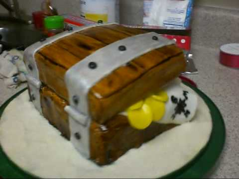 Time Lapse: Making a Treasure Chest Cake