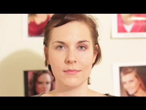 How to Lift Down-Turned Eyes With Makeup : Makeup Techniques