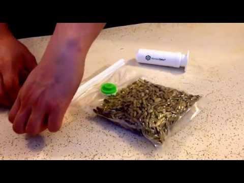 #Wonderclickz easily vacuum seal bags. Keep it fresh!!