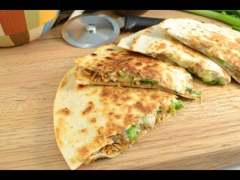 How to Make Quesadillas - Chicken Quesadillas Recipe | RadaCutlery.com