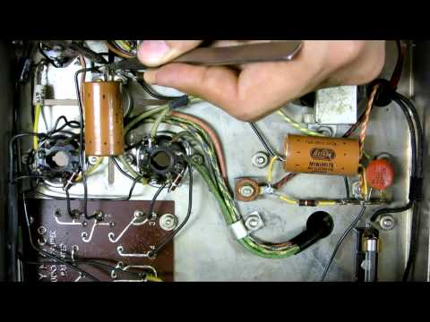 Dynaco Dynakit Amplifier Part 4 - Basic repairs on the Mark III tube amp's B+ voltage line valve