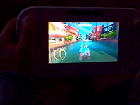 [ Wii U ]  Dan playing Sonic allstar racing transformed on the Tablet