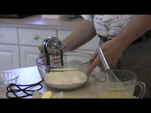 Man Cave Munchies: Pineapple Upside Down Cake