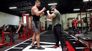 BRADLEY MARTYN VS THE BIGGEST MAN IN THE WORLD