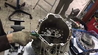 H C B-A1847 FORD POWERSHIFT TRANSMISSION DUAL CLUTCH REMOVER