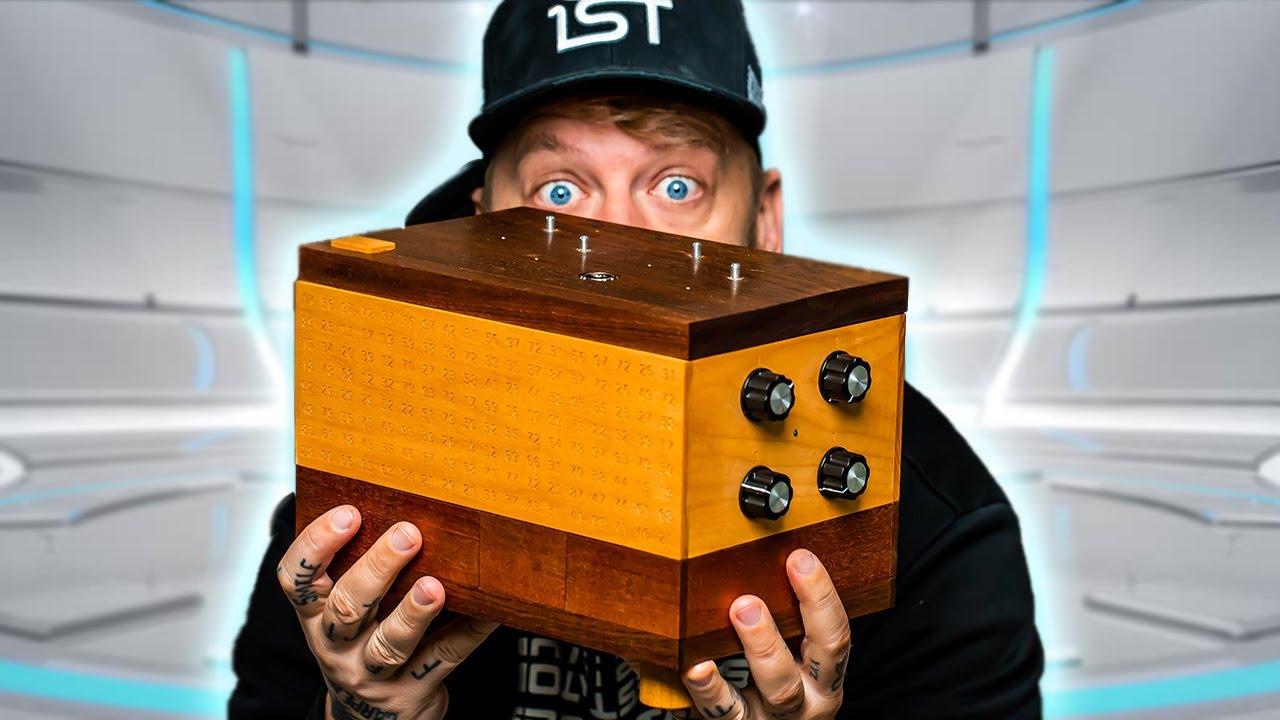 Solving THE IMPOSSIBLE BOX (Genius Level Puzzle)