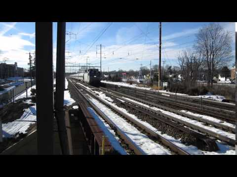 AEM-7 946 blowing through Croydon 1/30/2016 140(30)