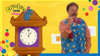 Counting Songs and Nursery Rhymes with Mr Tumble   CBeebies