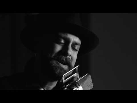 River Matthews - Undo Ordinary (Acoustic Session)