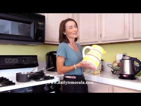How to Make Homemade Herbal Iced Tea