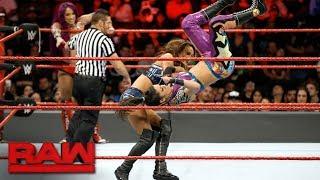 Sasha Banks & Bayley vs. Nia Jax & Emma: Raw, Sept. 25, 2017