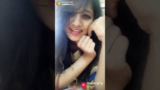 Download Beautiful girls dubsmash 😍 Video