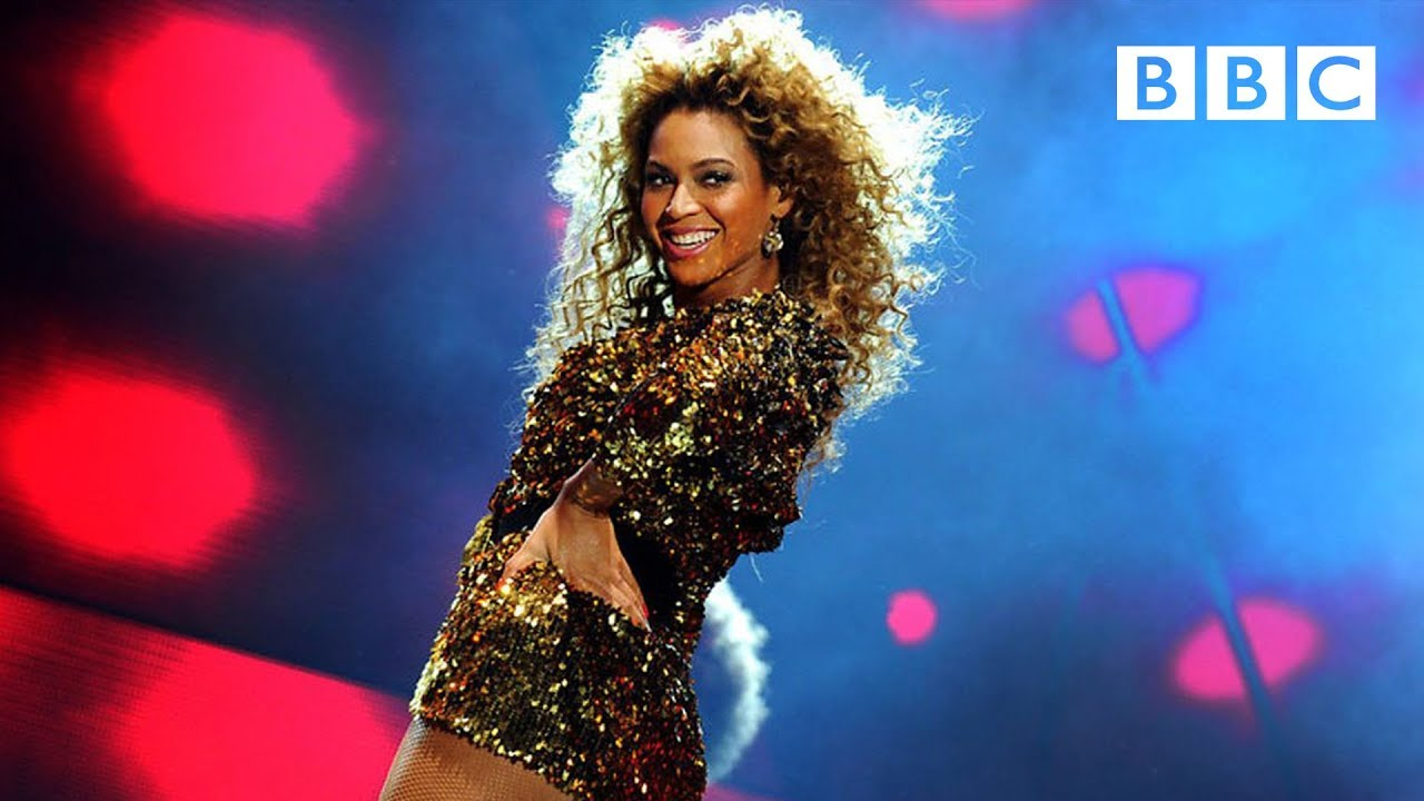 Beyoncé performs Irreplaceable | Glastonbury 2011 - BBC