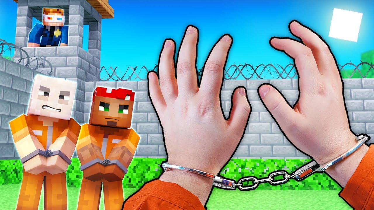 Realistic Minecraft - PRISON ESCAPE!