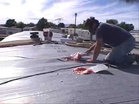Insulating the Roof of a Mobile Home
