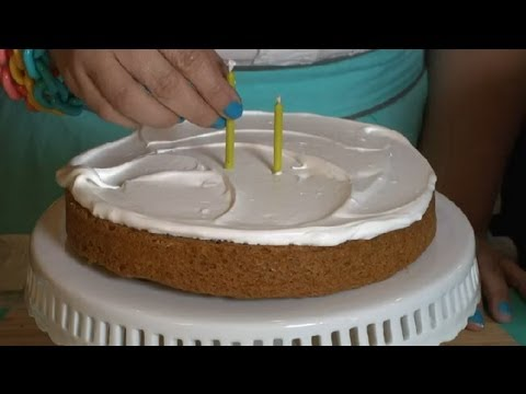 Non-Dairy Whipped Topping for a Birthday Cake : Dessert Heaven