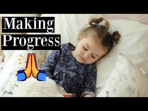GETTING USED TO HER BIG GIRL BED + HUGE OLD NAVY SPRING KIDS CLOTHING HAUL