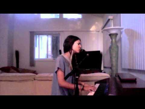 Victoria Justice Singing Oh Darling